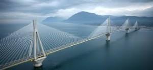 Όσες φορές χτίσαμε γέφυρες μεταξύ μας, είχαμε  επαναστατικά αποτελέσματα